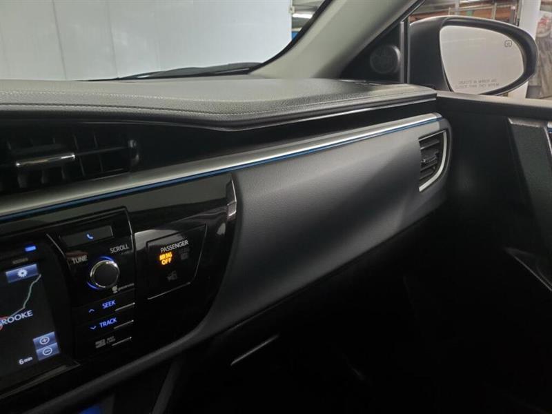 toyota Corolla 2016 - 24