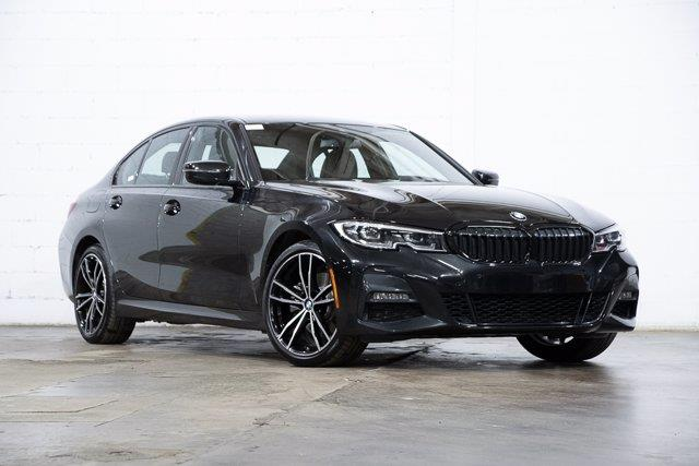 BMW Série 3 2021 330e xDrive, M Sport, Roues M