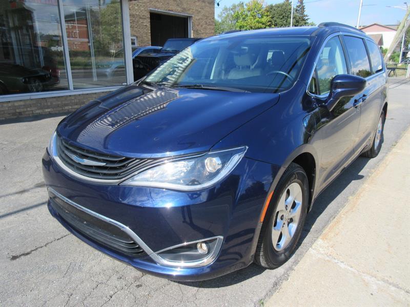 Chrysler Pacifica 2017 Premium