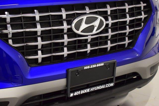 Hyundai Venue 32