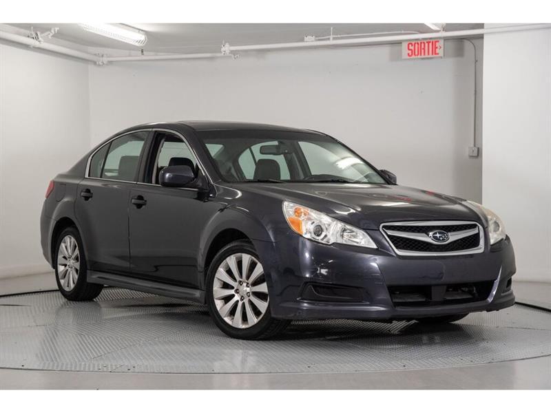 Subaru Legacy 2011 2.5i Limited Pkg * Toit * Cuir