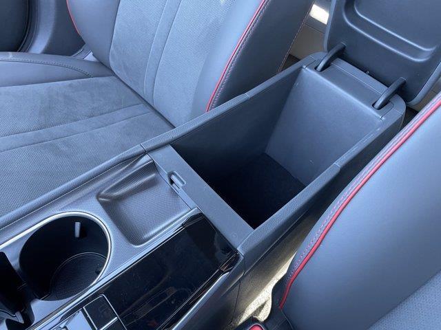 Hyundai Sonata 21