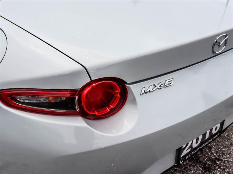 Mazda MX-5 21
