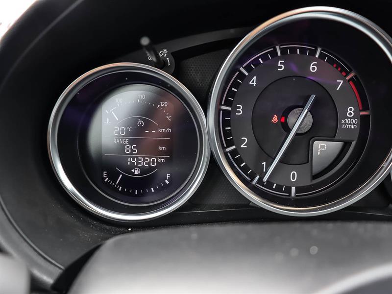 Mazda MX-5 23