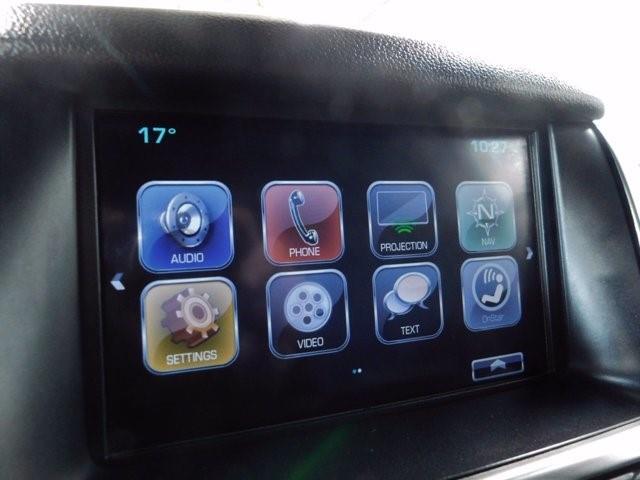 Chevrolet Suburban 28