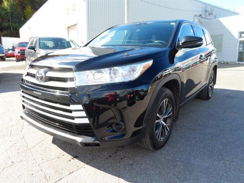 2017 Toyota Highlander Traction intégrale AWD LE 8 PA