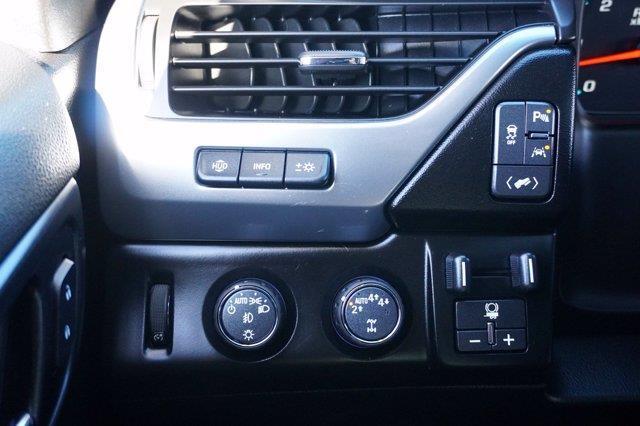 Chevrolet Suburban 25