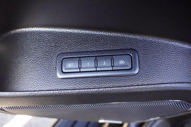 Chevrolet Suburban 26