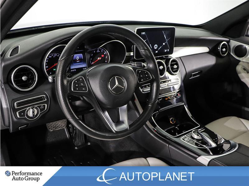 Mercedes-Benz C300 23