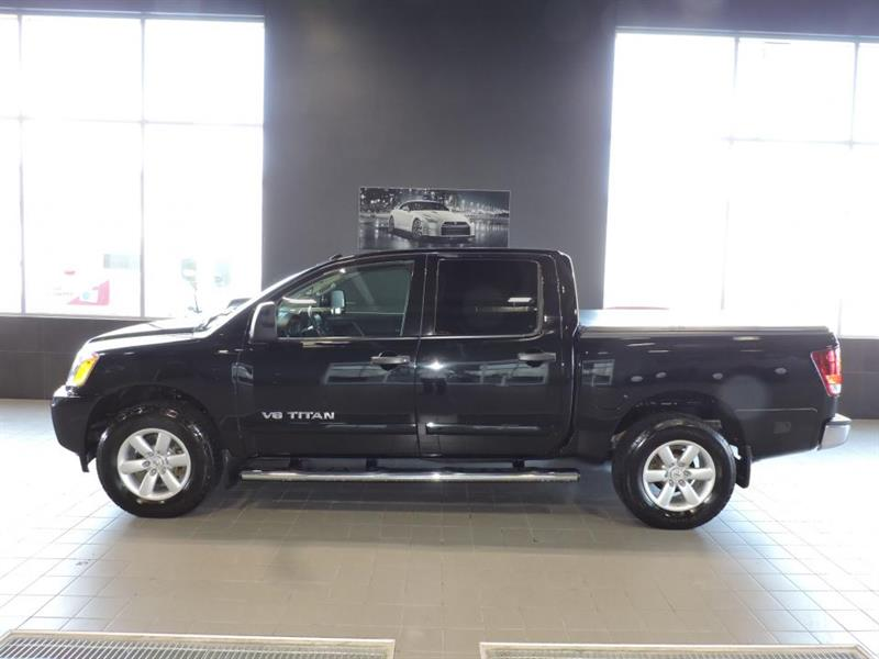 Nissan Titan 2014 Cabine multiplaces, 4 roues mo