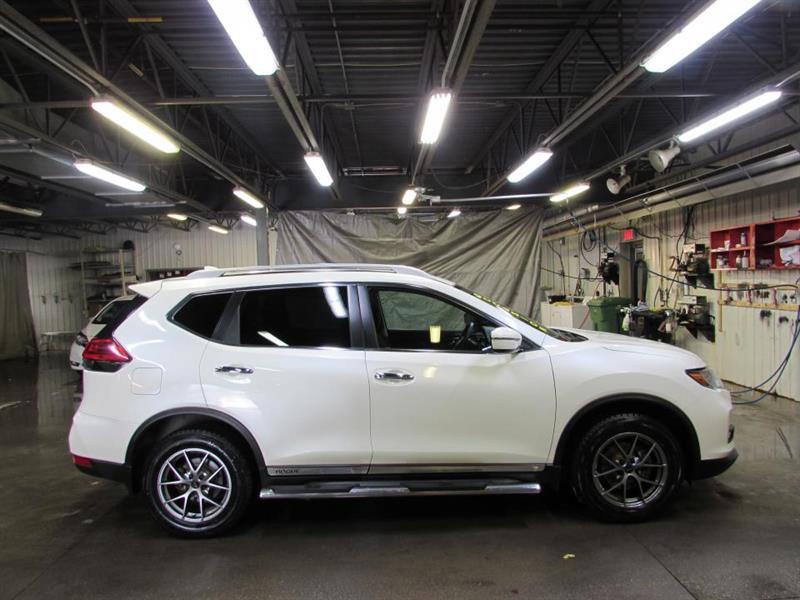 Nissan Rogue 2017 SV TI 2017 TOIT CAMÉRA MAIN LI