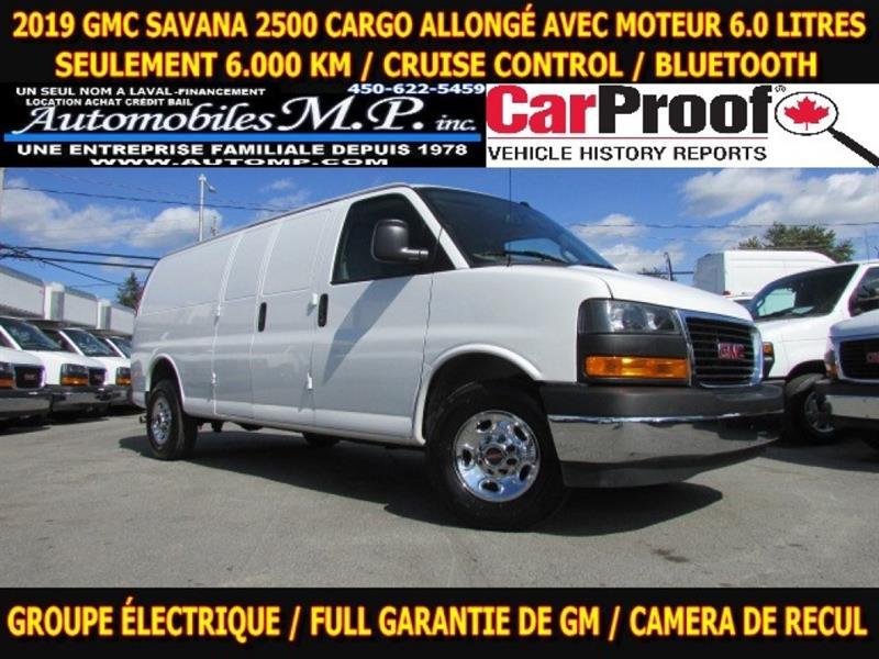 GMC Savana 33