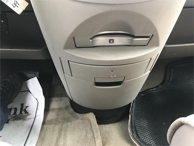 Nissan Quest 19