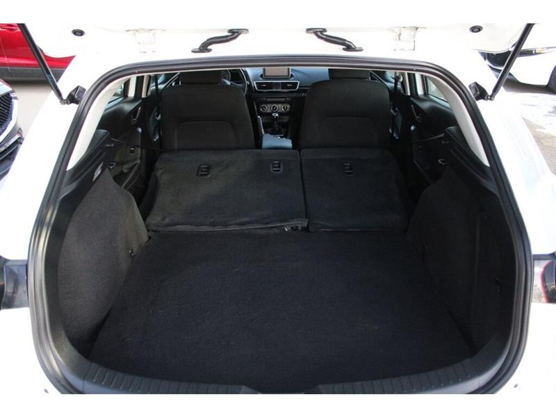 Mazda 3 Sport 16