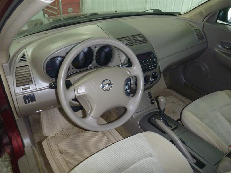 Nissan Altima 8
