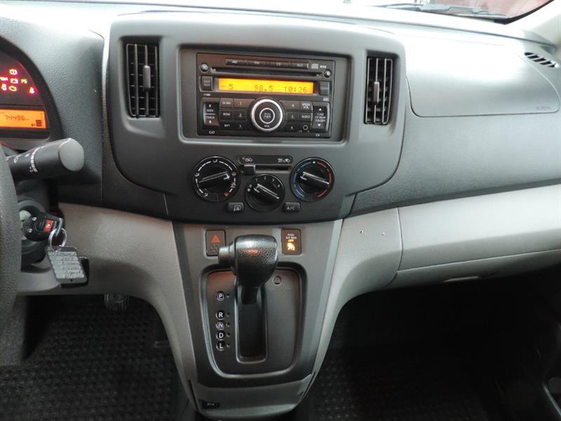Nissan NV200 9