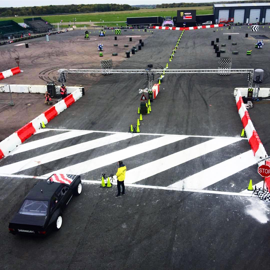 The @gymkhanagrid finals are upon us, don't miss out if you're in Santa Pod! #supporthooniganism #GymkhanaEscort