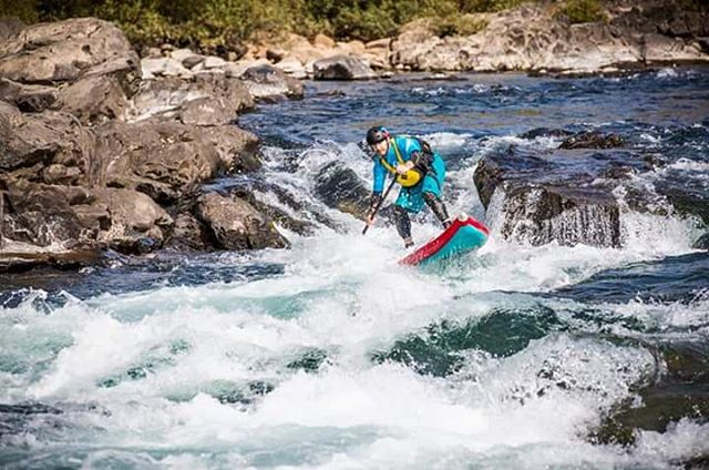 @suppaul_pics paddling the Nagara River in Japan. #halagear #adventuredesigned #whitewaterdesigned #japansuptour  Photo: @zach_photo