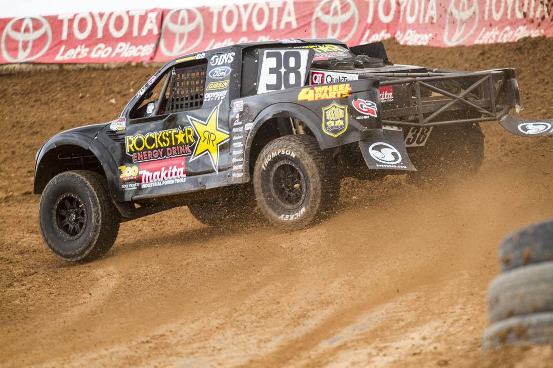Rise and grind! Who's ready for some short course racing today! Come out to lake Elsinore. Gates open at 11!