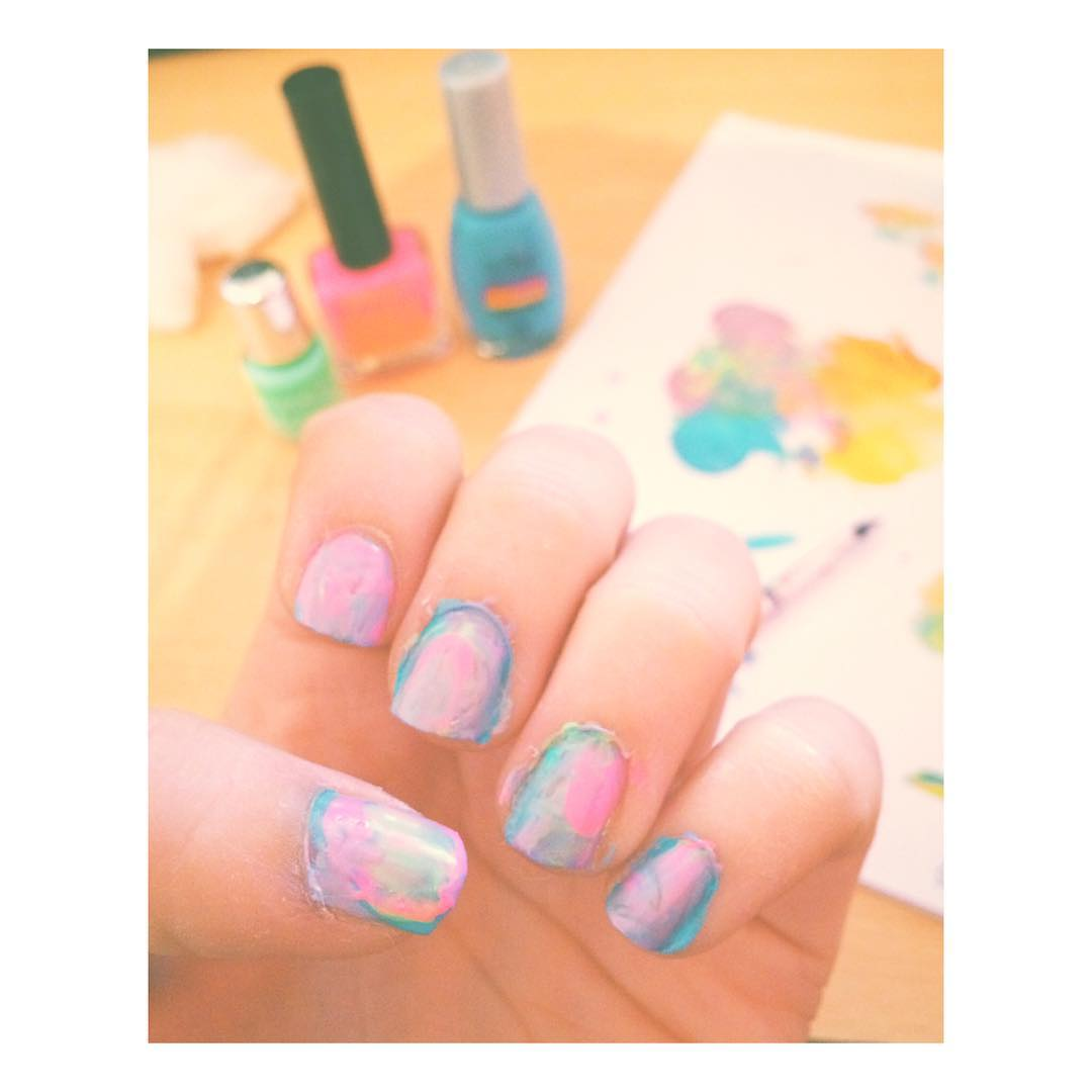 Flasheando colores #flashe #art #colors #nails #nailart #apple #iphone #fashion