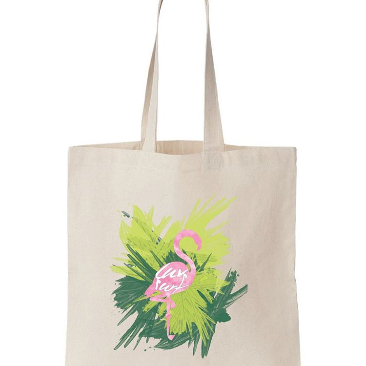 LUV flamingos // LUV SURF #beachtote #shop #flamingo #luvsurf #wearthecalidream http://ow.ly/TphDI