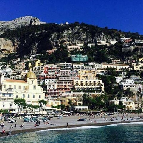 Blue skies over #Positano #legiontravel
