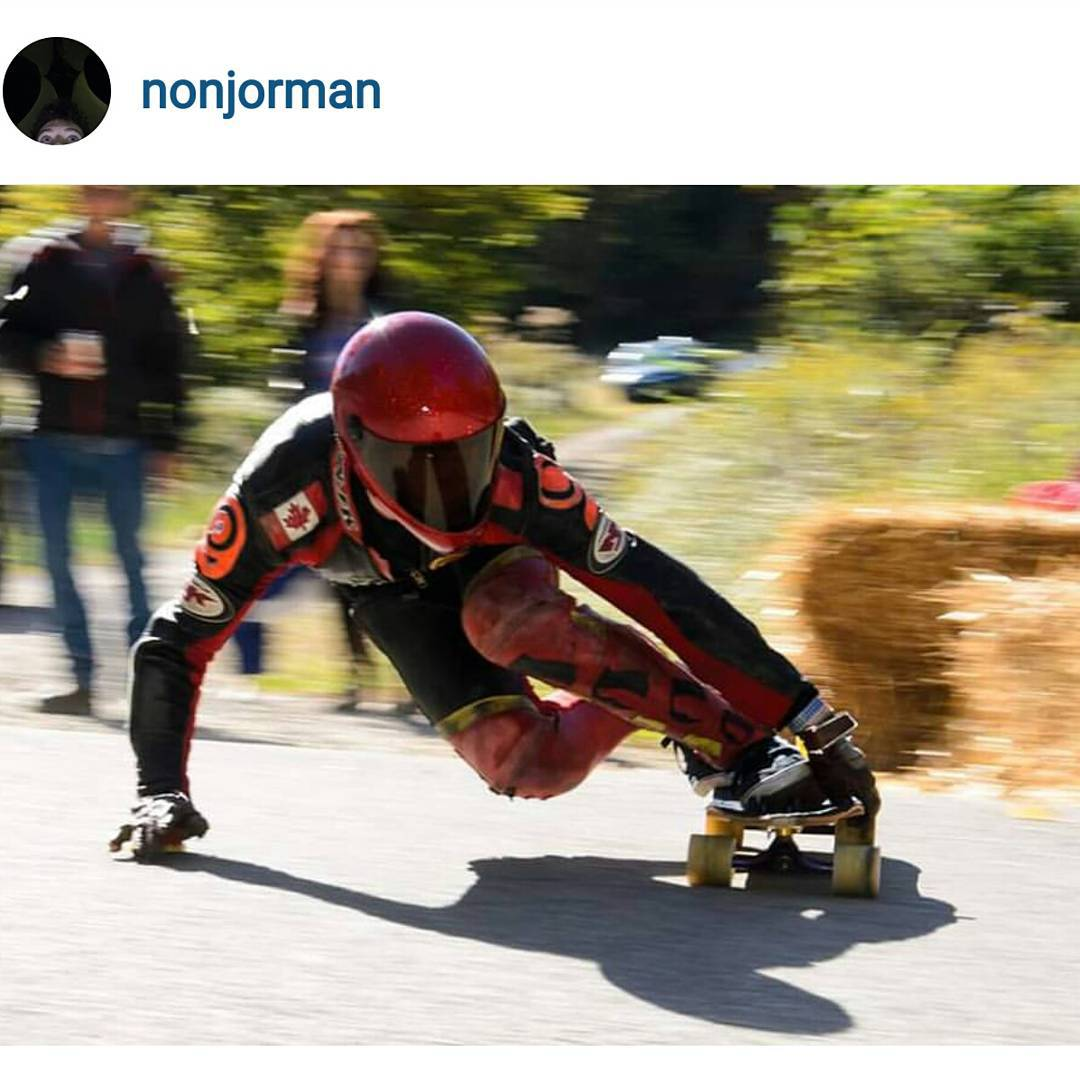 @nonjorman likes it fast at #soldierofdownhill a couples weeks back.  #restlessboards #restlesswim