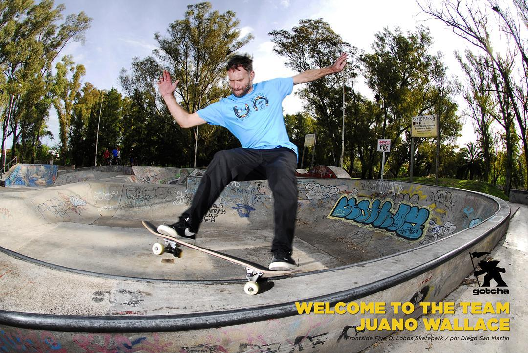 - UN VERDADERO HONOR - welcome to the team Juano Wallace - frontside five 0 - ph: Diego San Martin #skateboarding #iconsneverdie