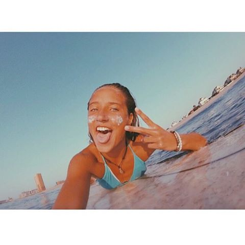 PEACE // LUV // SURF @emdorony #luvsurfgirl #surf #luvsurf #wearthecalidream #seekthesea #peace