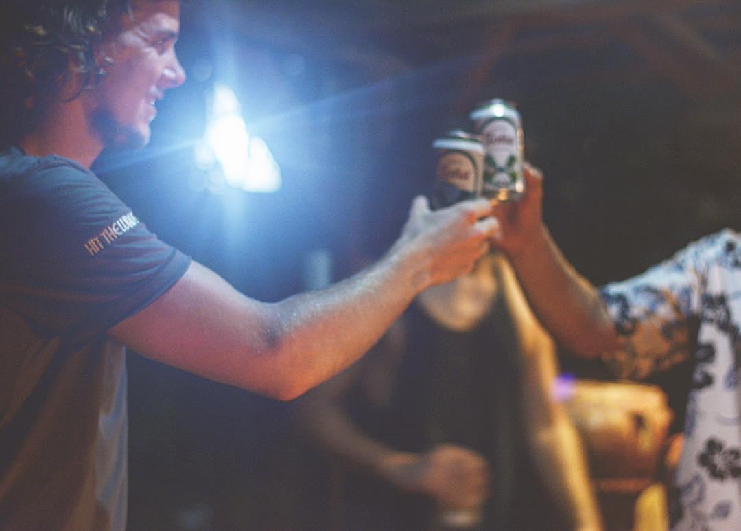 Hit The Wave festejó el balotaje con un asadito y unas Toñas desde Nicaragua. Vamos Argentina, #Cambiemos