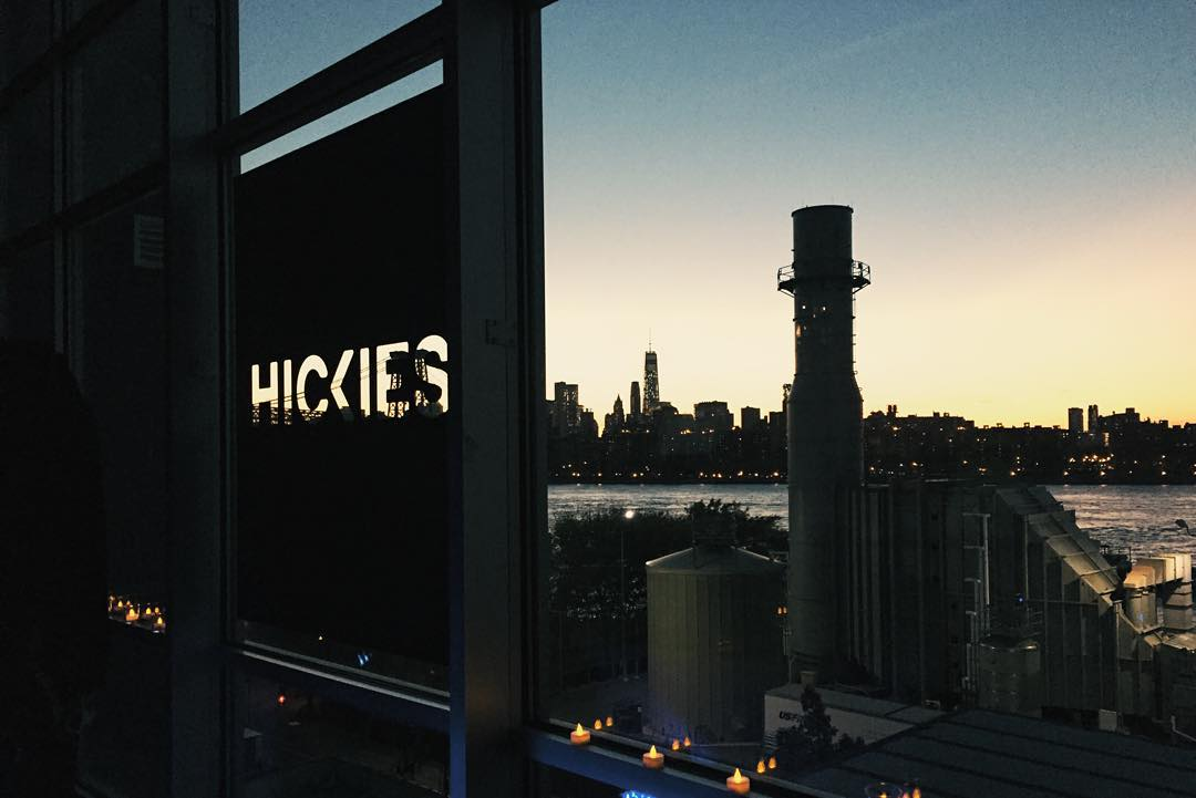 As the sun sets, so does the stage for #HICKIESFit round 2... It's time to r e l a x.
