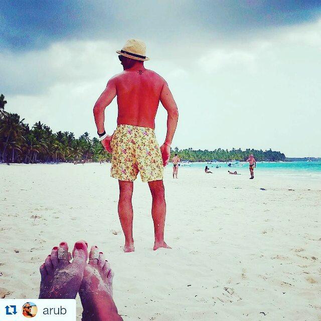 Mas que #metiendopanza ... @arub esta #sacandototó para la foto  #verano #summer #beach #beachlife #swimtrunks #beachwear #playa #men #print  #poolparty #entrepreneur #brands #fashion #swimtrunk #dailyphoto #igers #men #trajesdebaño #sea #sand...