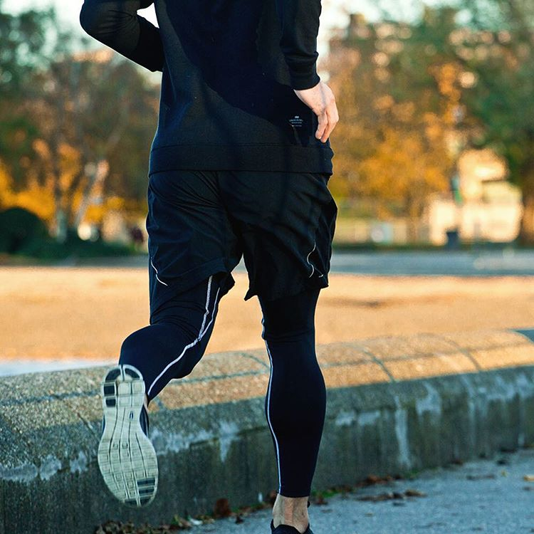 It's an awesome time of year to be active outside. Make sure to stay warm and dry in the #PROseries base layers. #MyPakage #performance