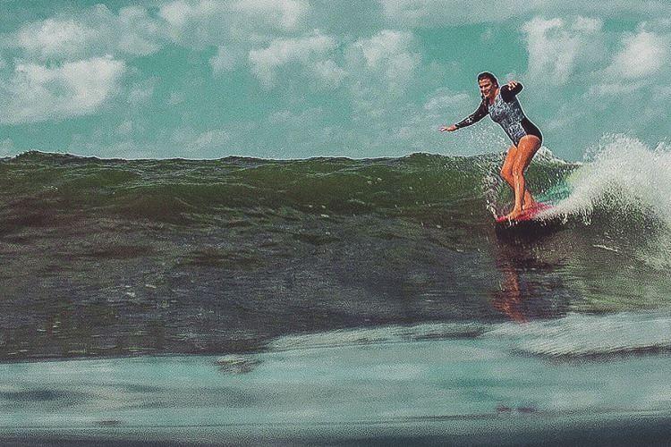 #AkelaSurf Ambassador @kaitlin_maguire  one piece paisley  #ladyslider #surf #surfswimwear #activegirl #california