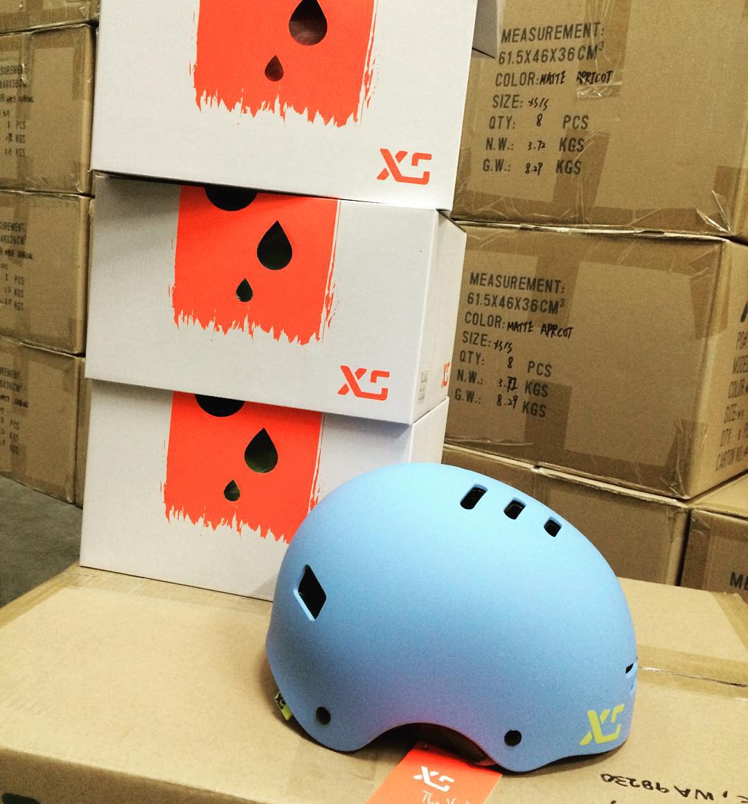 We are proud to support our friends @skatelikeagirl with our new kids helmet and Classic Skate helmets for their clinics! Skate Like A Girl is a unique organization focussed on encouraging women's skateboarding on a community level. #skateboarding...