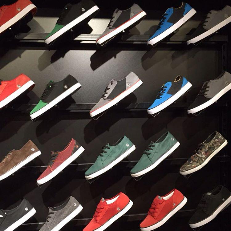 Contamos cual te gusta más? #volcomfootwear y su línea de verano 2016 #ss16