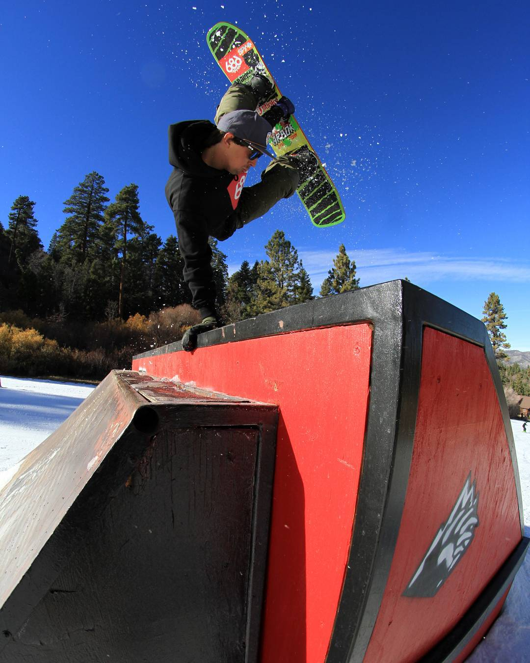 The next #FluxBindings #ReNamed episode titled Back To Bear Mountain is dropping this weekend! Rider in photo: @MikeEGray  Photo by: @JupiterPeople (@shylekafers) #snowboarding #FluxReNamed #snowboard #snowboardvideo #bearmountain @bear_mountain #mikegray