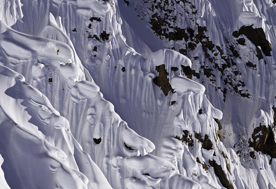 With a fleeting but tasty layer of snow on the streets of Jackson, The Weekly Good couldn't be more delicious. Candyland by @scottserfas shows @johnjamun giving it all to The Art Of Flight. The new good goes up tomorrow....you know what to do. Link in...