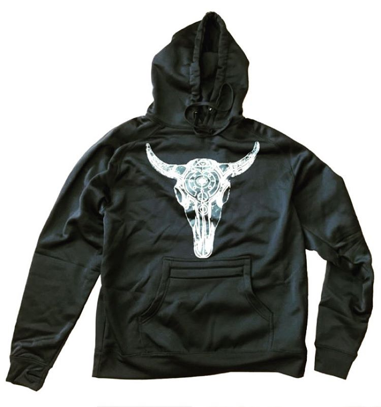 Check out the new Celestial Bison Tech Hoodie over at www.avalon7.co.  Water resistant polyfleece, zippered stash pocket, thumb holes and sweet art by @robkingwill.  Hands down the best hoodie to shred in!  #avalon7 #liveactivated  #snowboarding...