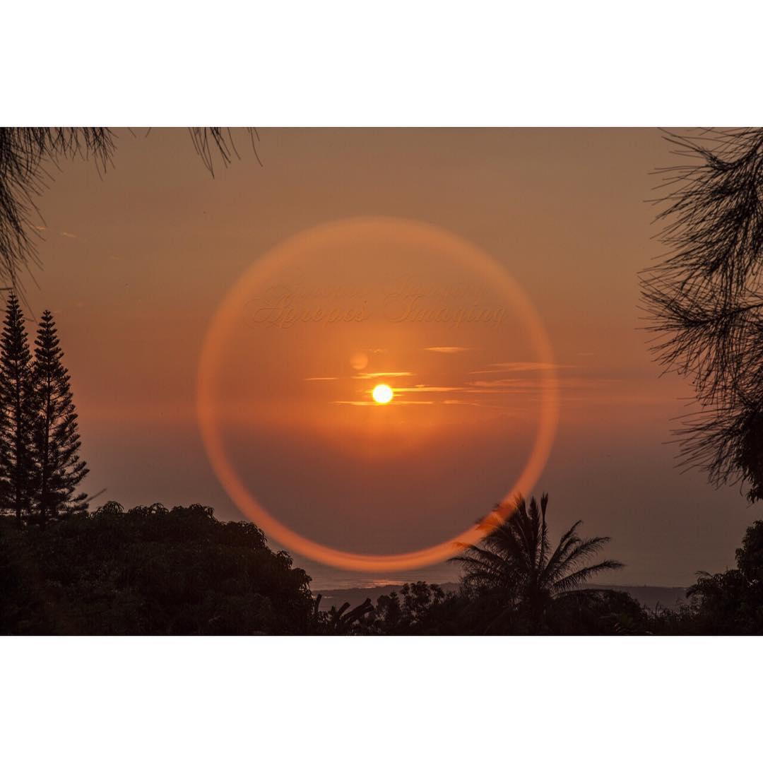 R O U N D  O N  R O U N D  Last minute surf check #wavesfordays #imaginesurf #itakebioastin #kaenon #canon_official #nofilter by @aproposimaging #ineveryelement #maukatomakai