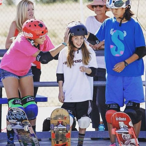 Friends make all the difference. In one week we will be in Encinitas, CA at @exposureskate to see the best girls in skateboarding compete. These girls are also friends so it's going to be FUN! Looking forward to seeing everyone!