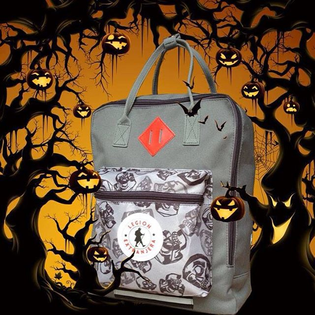 """ Trick or treat "" #halloween BOO - YAHHH! don't forget your backpack"