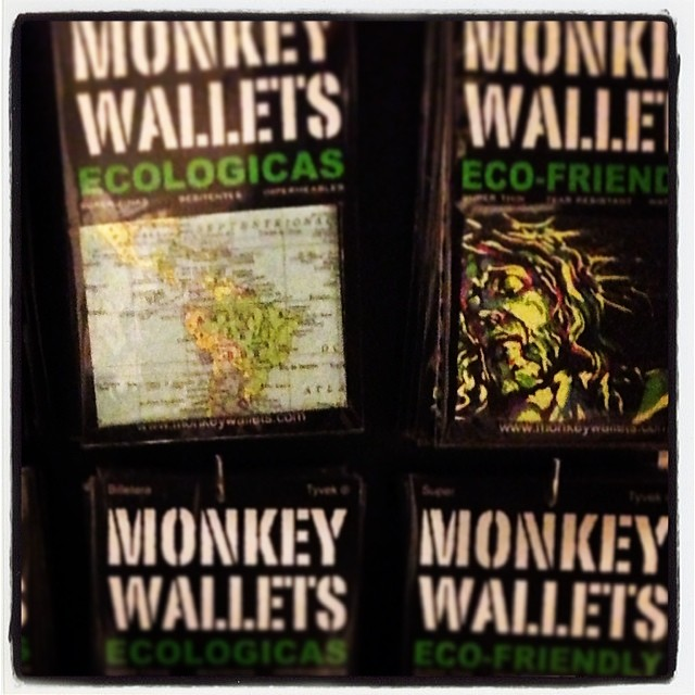 #monkeywallets #martinron #murales #tyvek @monkeywallets