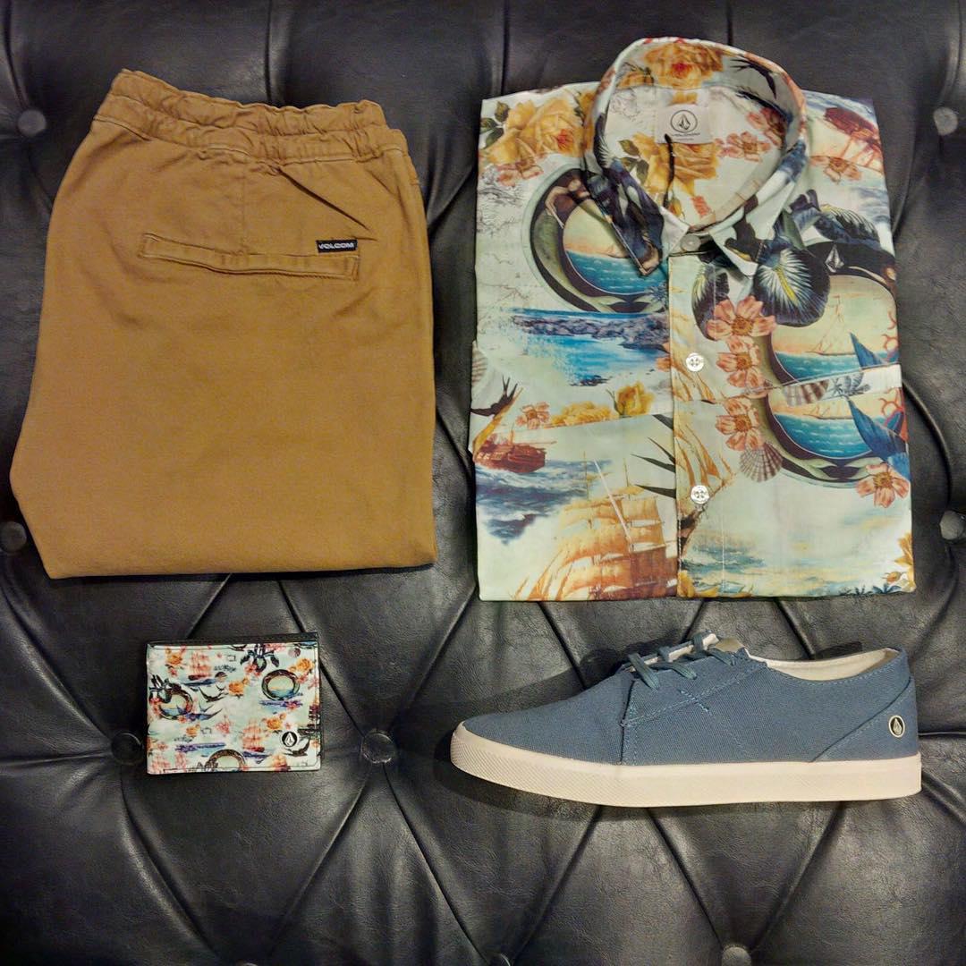 Sábado. Shipster Fullprint Shirt + Lo Fi Sky Blue + Willy Elastic Short Cut Off + Print wallet #SS16 #volcom #trueToThis