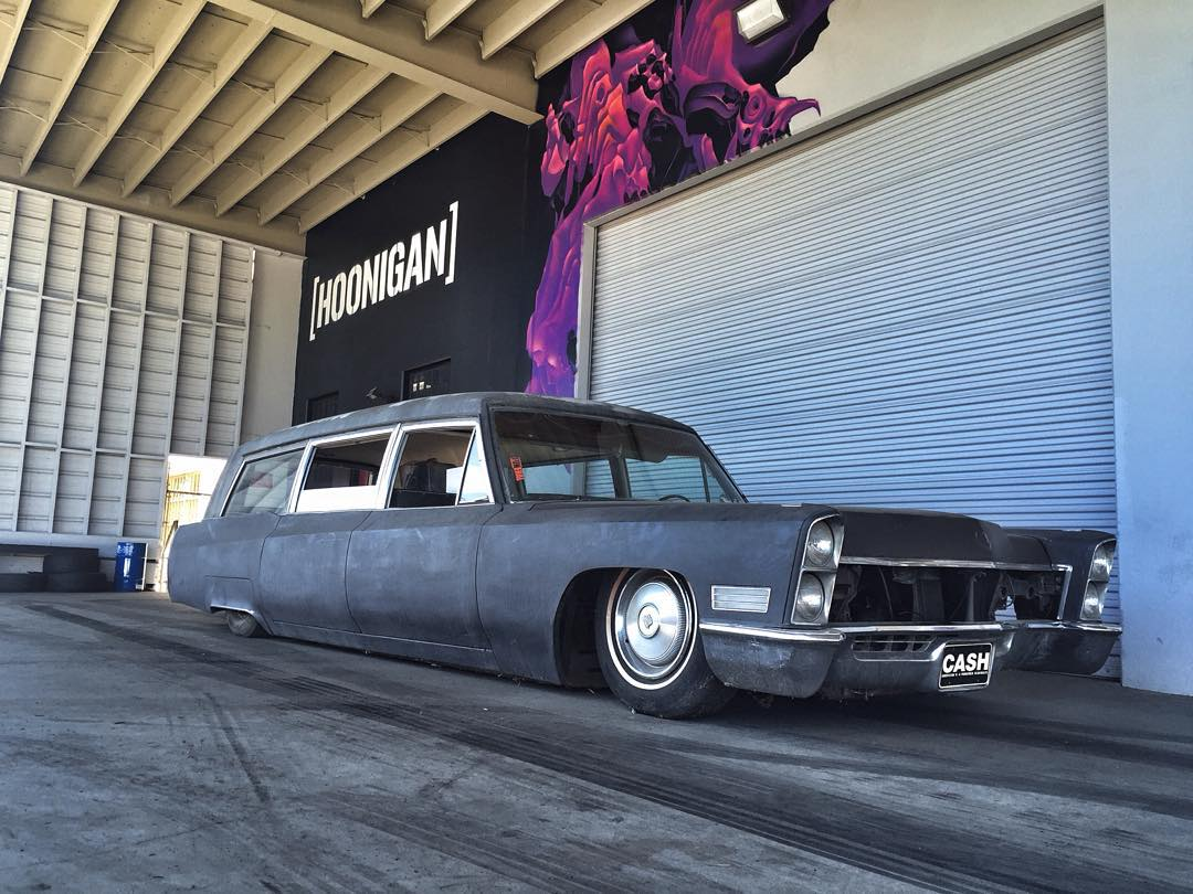 It's Halloween so @hearse_eddie brought his bagged hearse out to the #donutgarage Bakery. #Opentill5 #bringcandy 621 Golden Ave Long Beach CA 90802