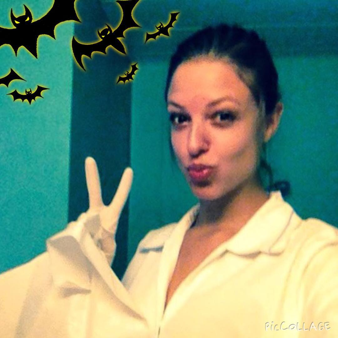 Happy Hallowe'en! @spokywoky is actually a real nurse but she looks plenty spooky here to us! #spookyspoky #halloween #nurse