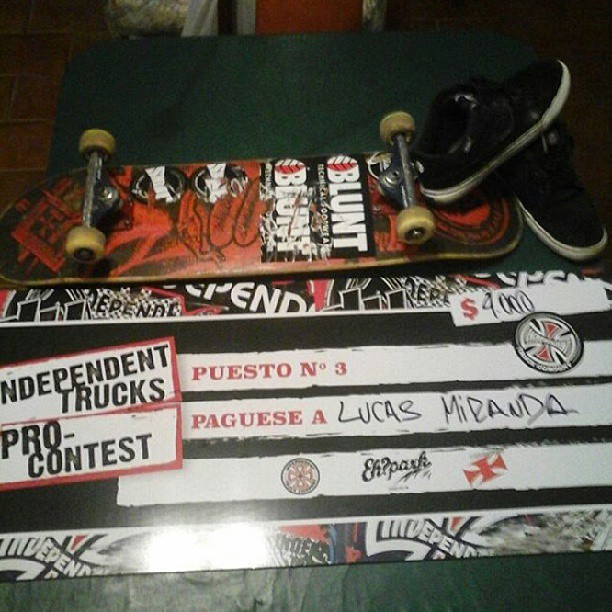 felices! @lucasmiranda17 3* puesto #independentprocontest #ehpark #believeskateboards #BluntFootwear