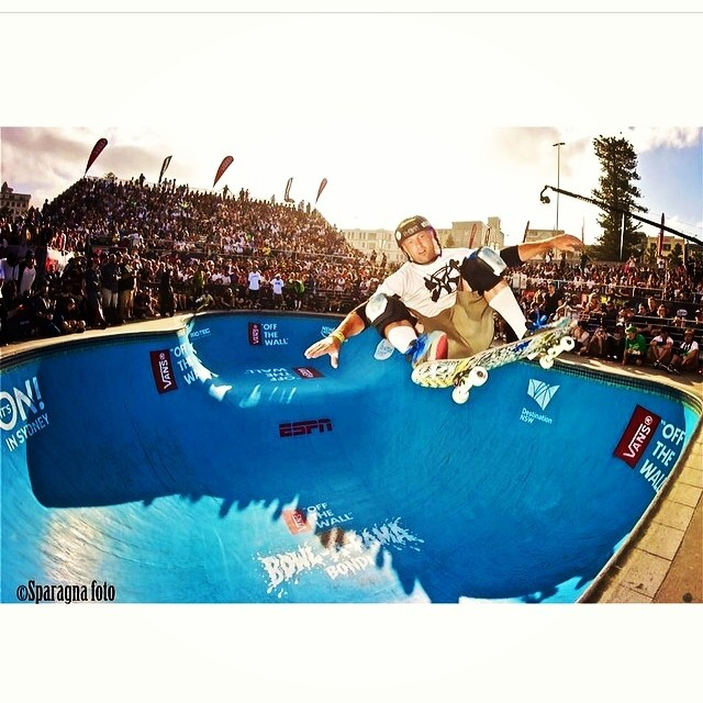 Regram @sparagram . #brianpatch ripping in #bondi  #bowlarama #skatephoto by #dansparagna