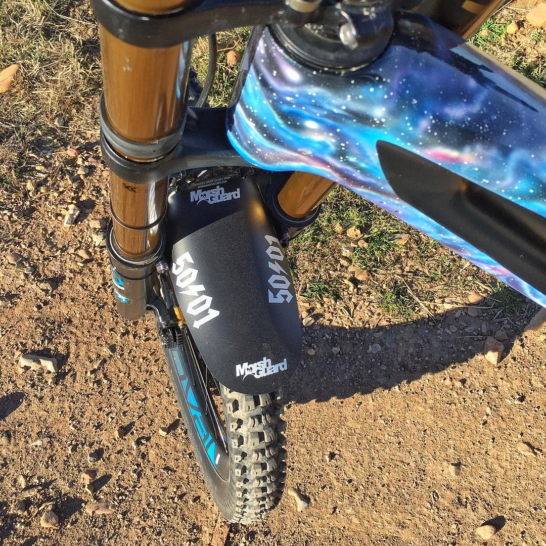 Shout out to @StevePeat for sneaking this @50to01 mud guard onto my DH bike before it left England on its way to Park City. Looks dope, and it's from a little company that Steve and his buddies started. Check it out at https://allthelads.bigcartel.com!...