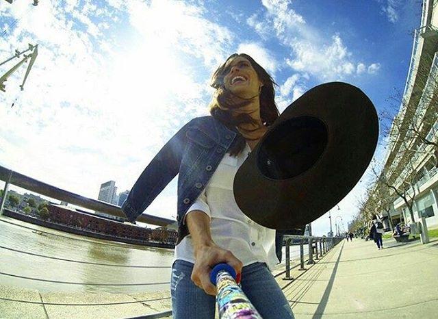 @florventuraok con su #Calaca model! Que esperas para tener el tuyo? #ZephyrPole ⚡ - Shop Online